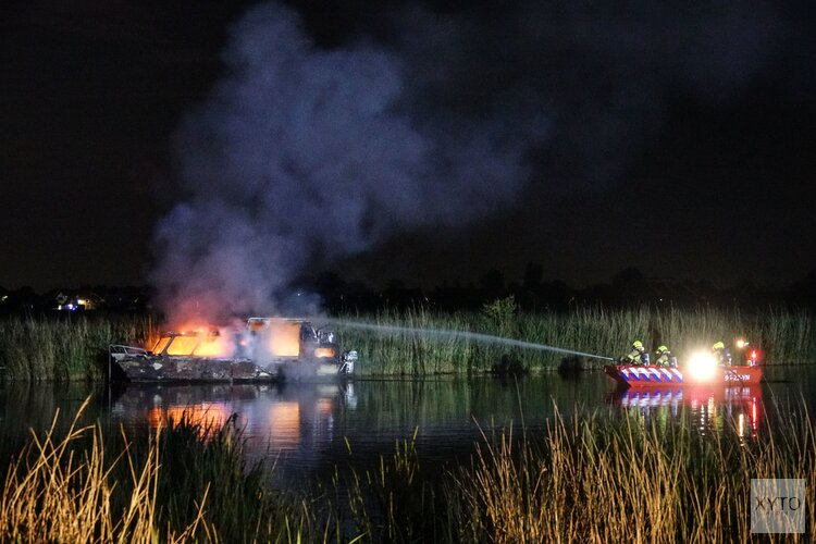 Boot door brand verwoest