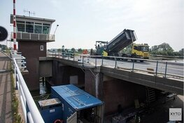 Verkeer bij Alkmaar muurvast na storing Leeghwaterbrug