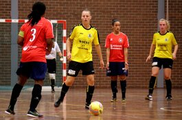 Reiger Boys/Woest ontvangt vrouwen Hovocubo in de Derby van Noord-Holland