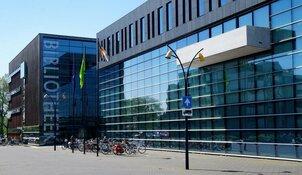 Gemeenteraad reageert verdeeld op nieuwe functie van burgemeester bij Code Oranje