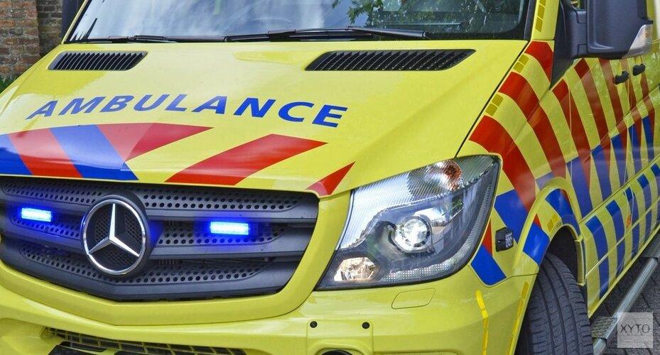 Personenauto botst met politieauto in Heerhugowaard: drie gewonden