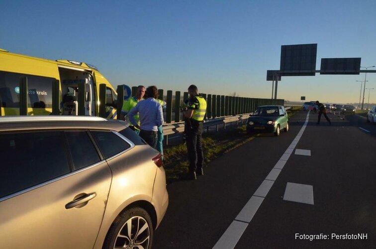 Ongeval met veel blikschade op N242