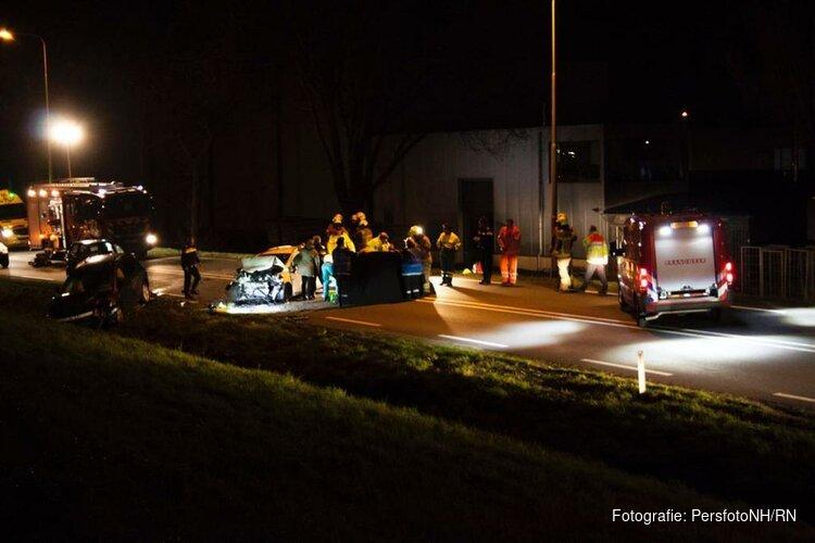 Meerdere gewonden en dode bij frontale botsing op de N242