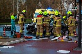 Auto's botsen in Heerhugowaard: twee gewonden