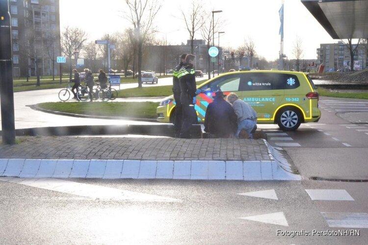 Fietster aangereden nabij Stationsplein