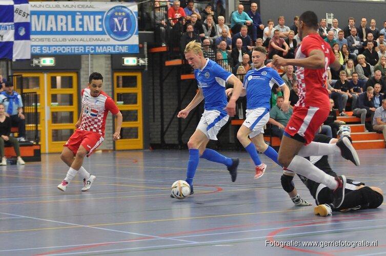 FC Marlène in zinderende wedstrijd langs FC Eindhoven