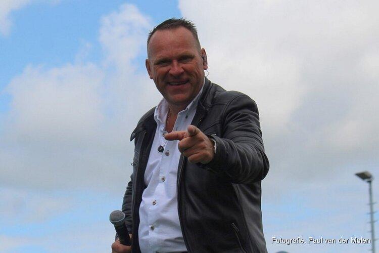 Joost de Vries presenteert nieuwe single en geeft intiem concert