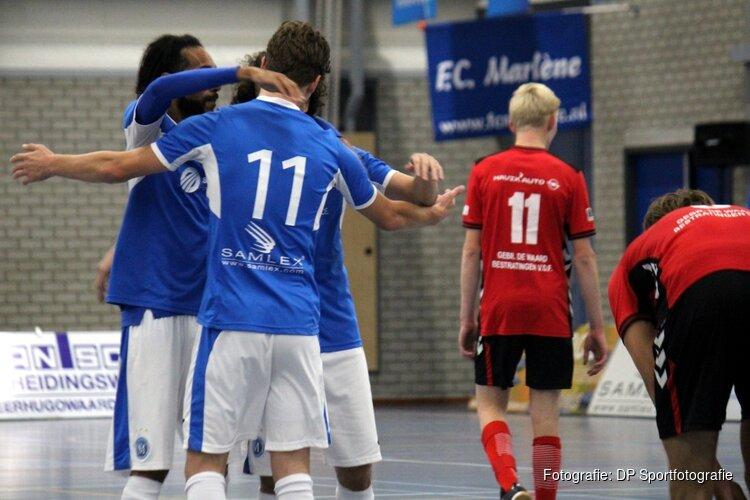 FC Marlène simpel langs onmachtig White Stones