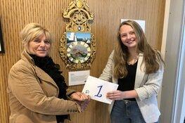Expositie leerlingen Han Fortmann bij hoogheemraadschap: Moderne Friese klok van Febe Meijer wint juryprijs