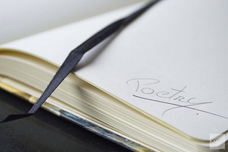 Behoefte aan een gedicht? Bel de Poëzie lijn van de bibliotheek