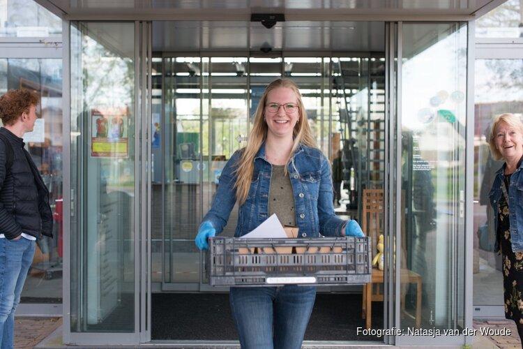 Wonen Plus Welzijn brengt op Bevrijdingsdag 1700 oranje gebakjes bij cliënten