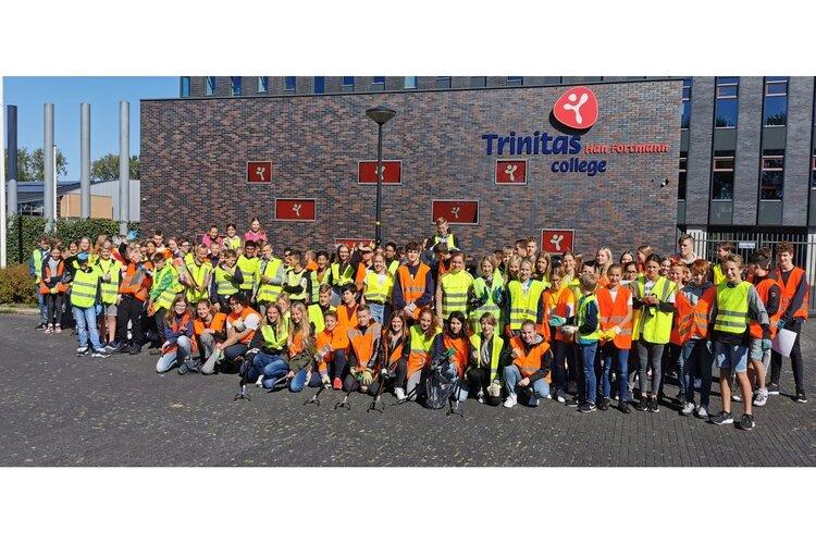 TTO-leerlingen Han Fortmann doen mee aan World Clean Up Day