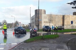 Auto total loss na ongeval op kruispunt Heerhugowaard