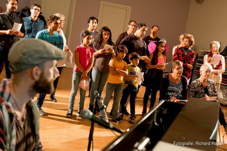 Zingend Nederlands leren tijdens  Zing 'es bij Cool kunst en cultuur