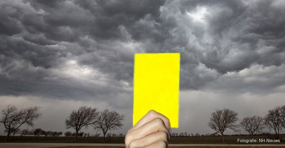 Code geel in de provincie: glad op het spoor en de weg