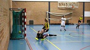 Zaalvoetbalvrouwen Reiger Boys ook komend seizoen in eredivisie